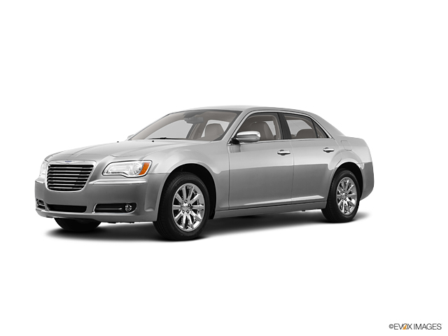 2011 Chrysler 300 300C in Wichita Falls, TX