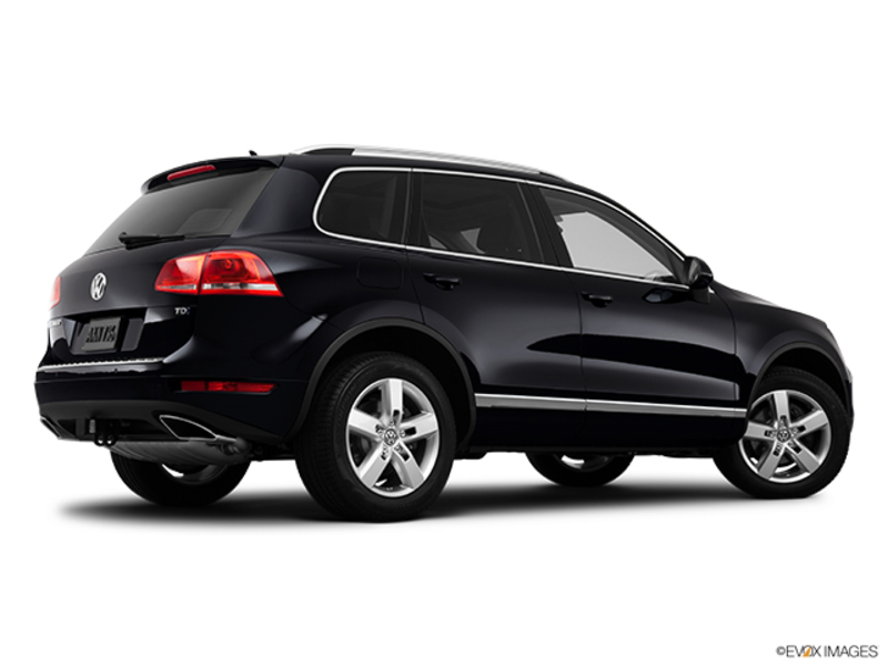 2012 Volkswagen Touareg SUBN in Cicero, New York