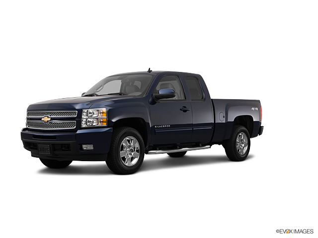 2012 Chevrolet Silverado 1500 4WD EXT CAB 143.5  LT in Cicero, New York