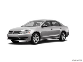 2013 Volkswagen Passat 2.5L SE 5-spd Manual in Cicero, New York