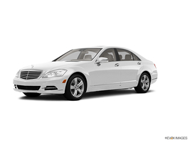 2013 Mercedes-Benz S-Class S550 4MATIC in Lincolnwood, Illinois