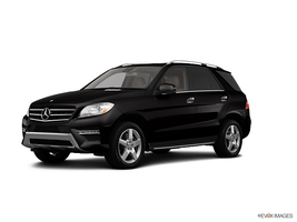 2013 Mercedes-Benz M-Class ML550 4MATIC in Lincolnwood, Illinois
