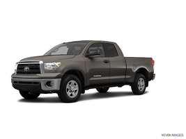 2013 Toyota Tundra 4WD Truck Double Cab 5.7L V8 6-Spd AT in West Springfield, Massachusetts