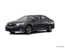 2013 Toyota Camry SE Navigation and Entune Power Tilt/Slide Moonroof in West Springfield, Massachusetts