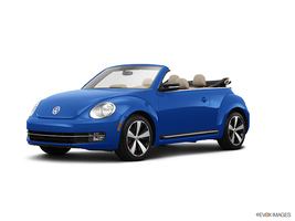 2013 Volkswagen Beetle Convertible Turbo w/Sound & Nav PZEV in Cicero, New York