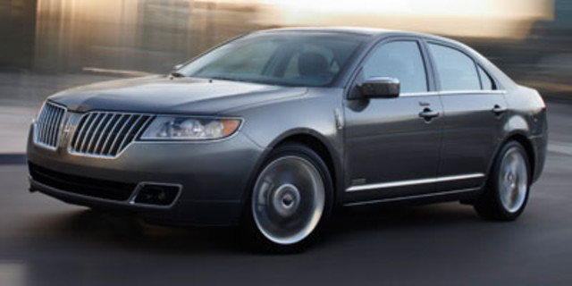 2012 LINCOLN MKZ 4DSD in Cicero, New York