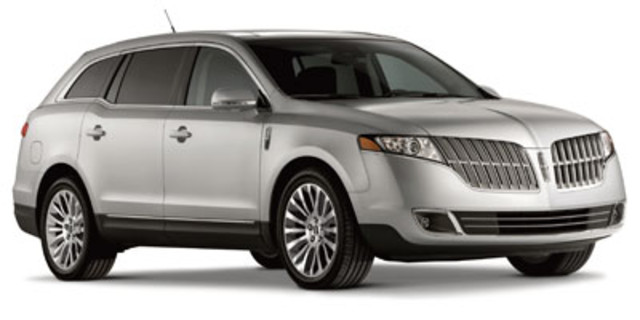 2012 LINCOLN MKT SUBN in Cicero, New York